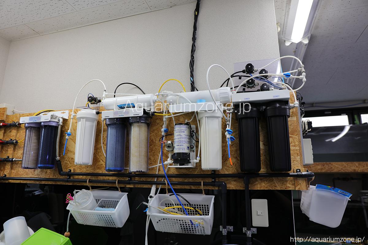 電磁弁が接続された浄水器